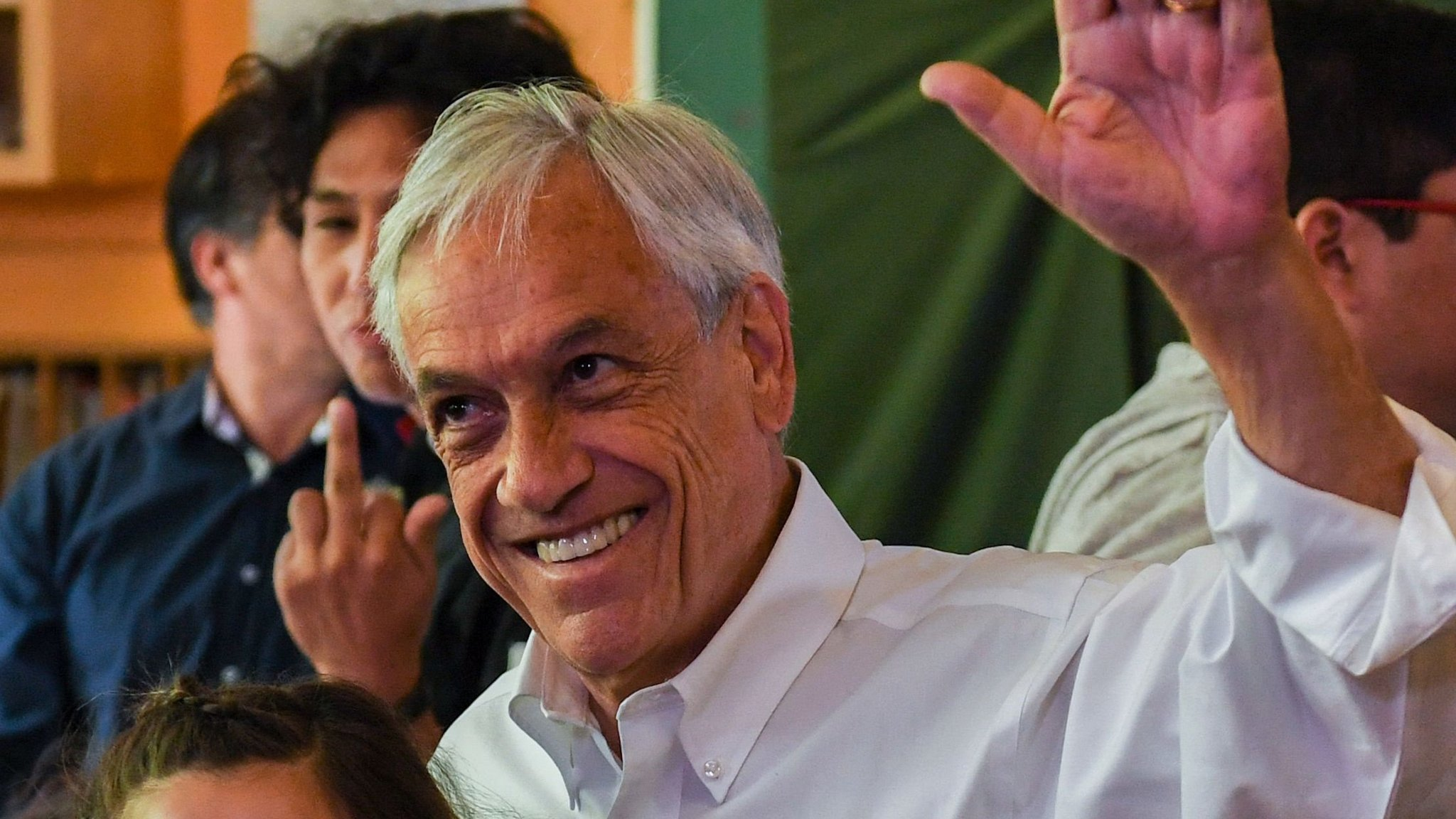 Chile swings right to return Piñera to presidency