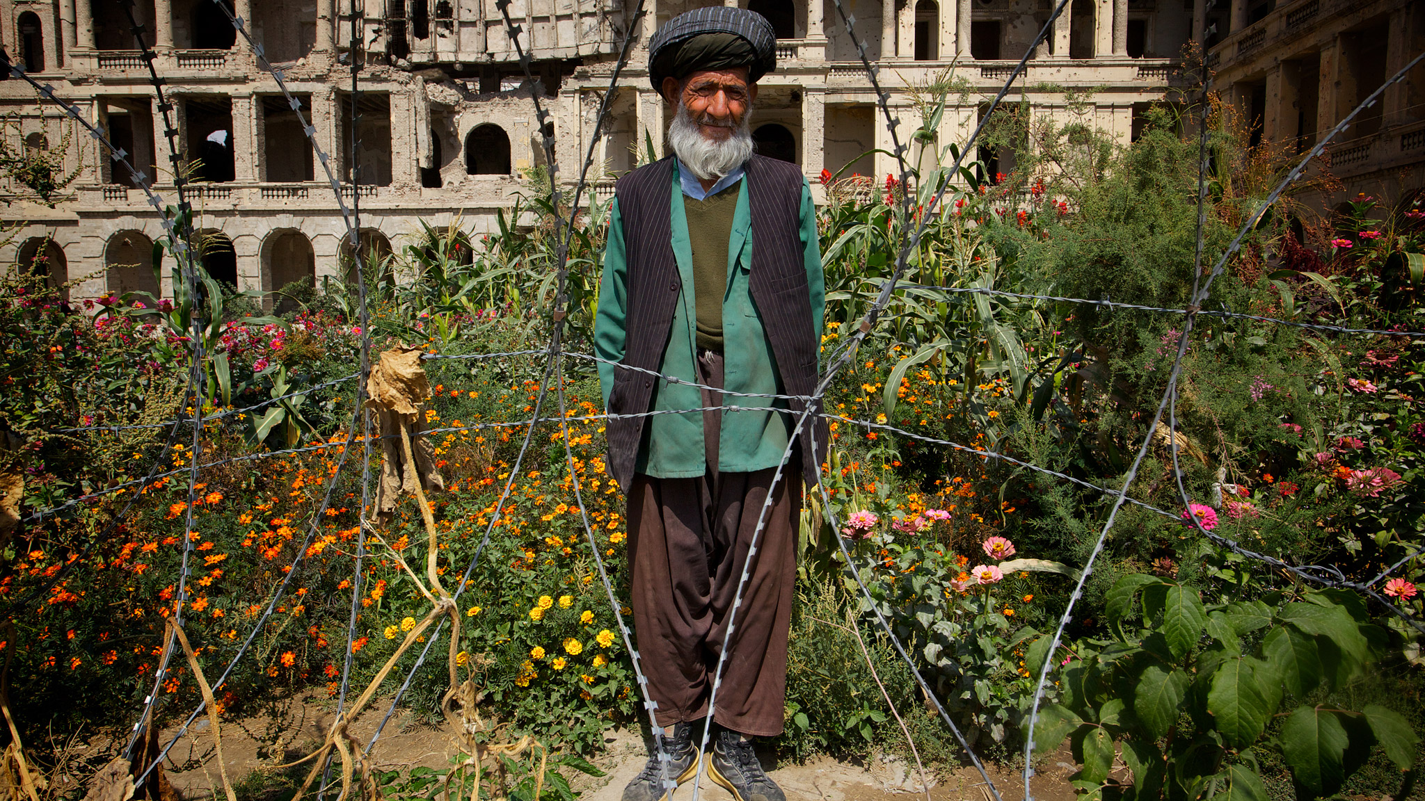 Kabuls Hidden Gardens Offer Afghans Haven From War Financial Times