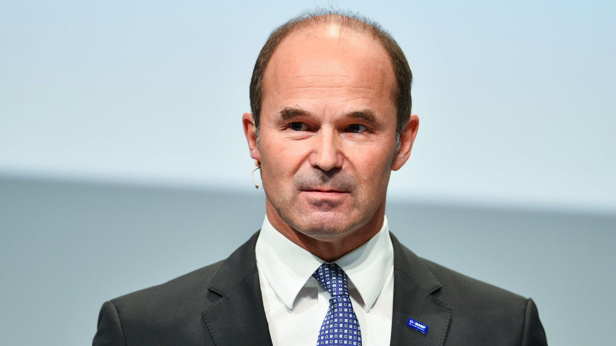 BASF chief steps down three years early | Financial Times