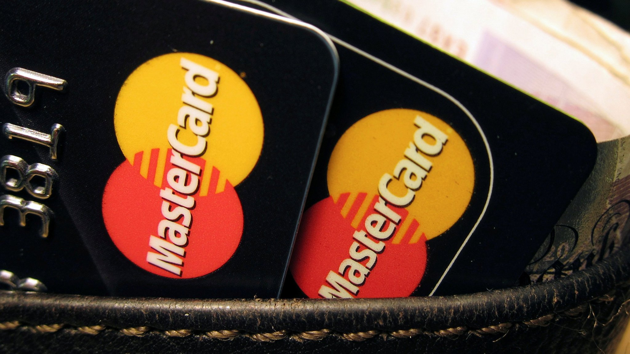 mastercard customers suffer outages around the world financial times