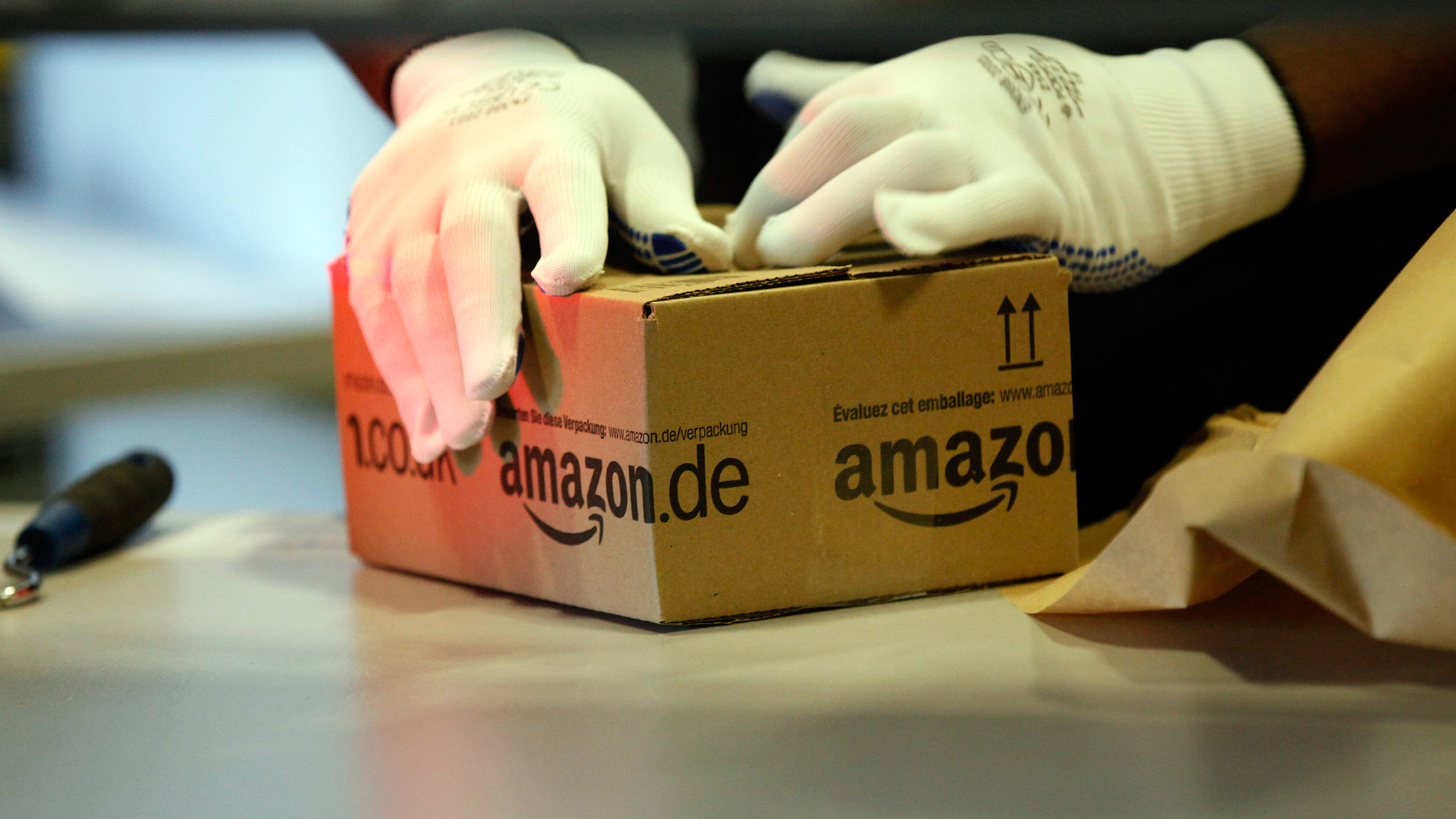 French minister hits at Amazon 'dumping' | Financial Times