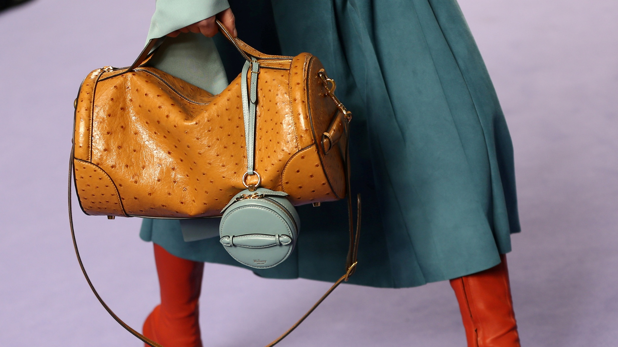 Mulberry hit by House of Fraser collapse | Financial Times