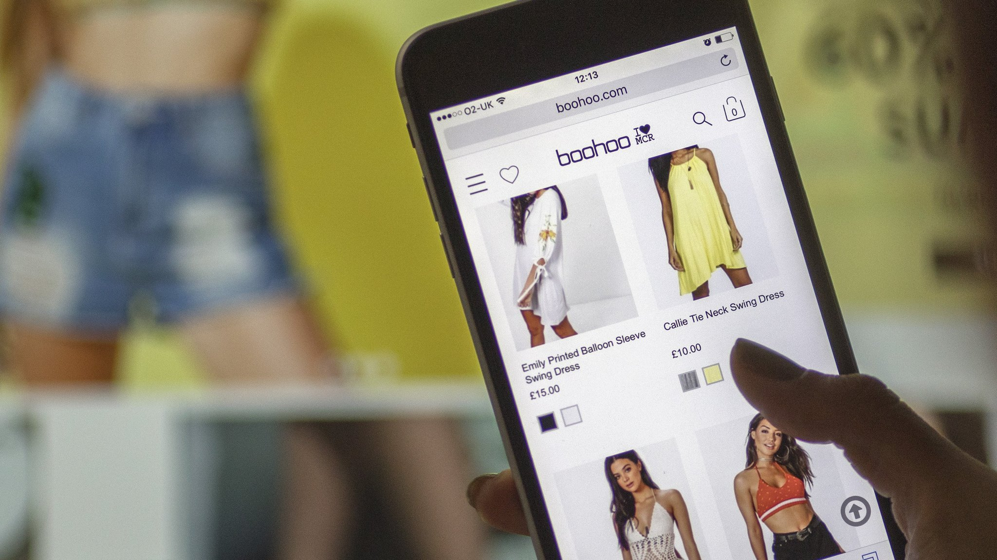 Fast-fashion brands defend business model | Financial Times