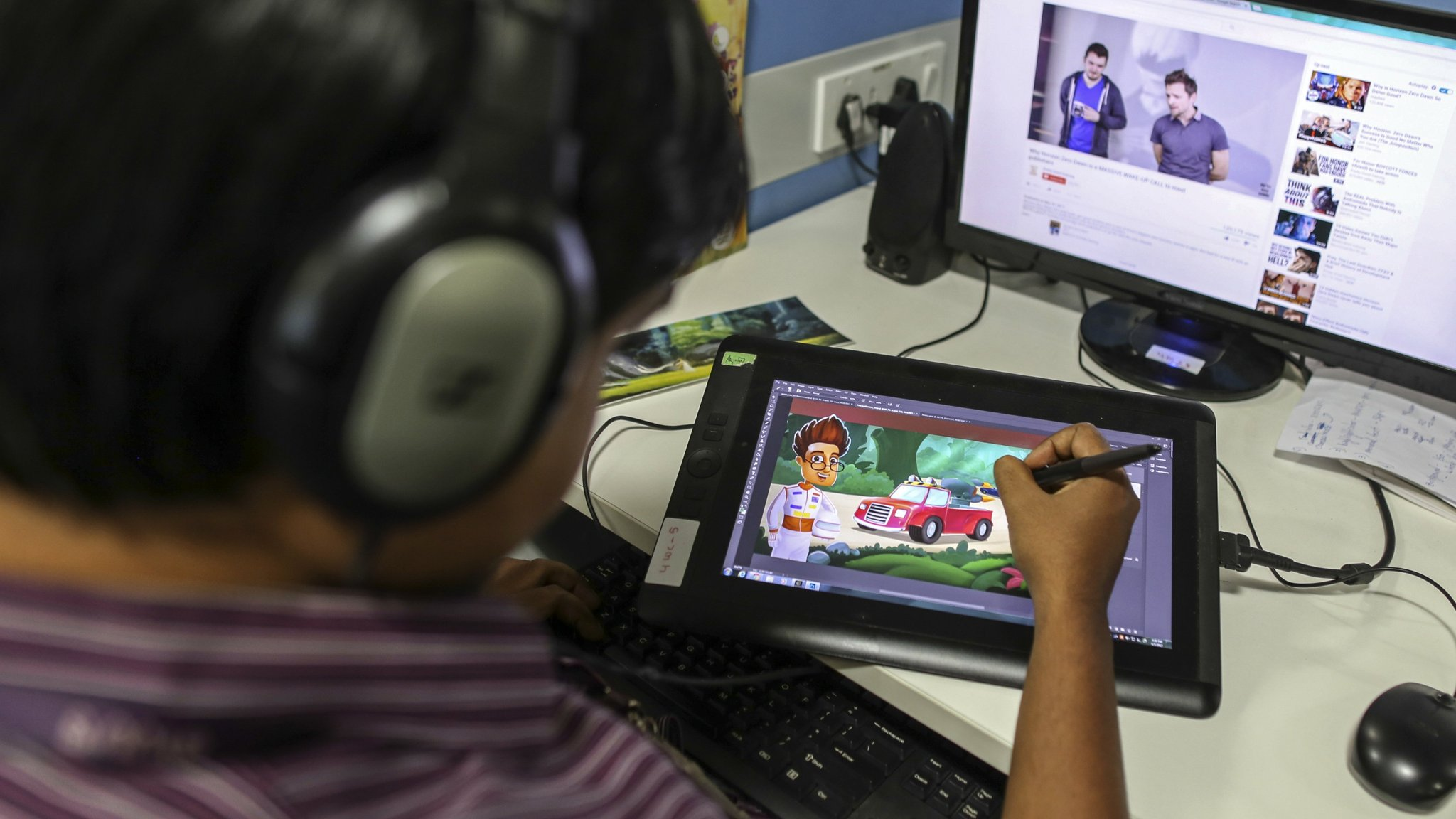 Indian students look to tech companies for education