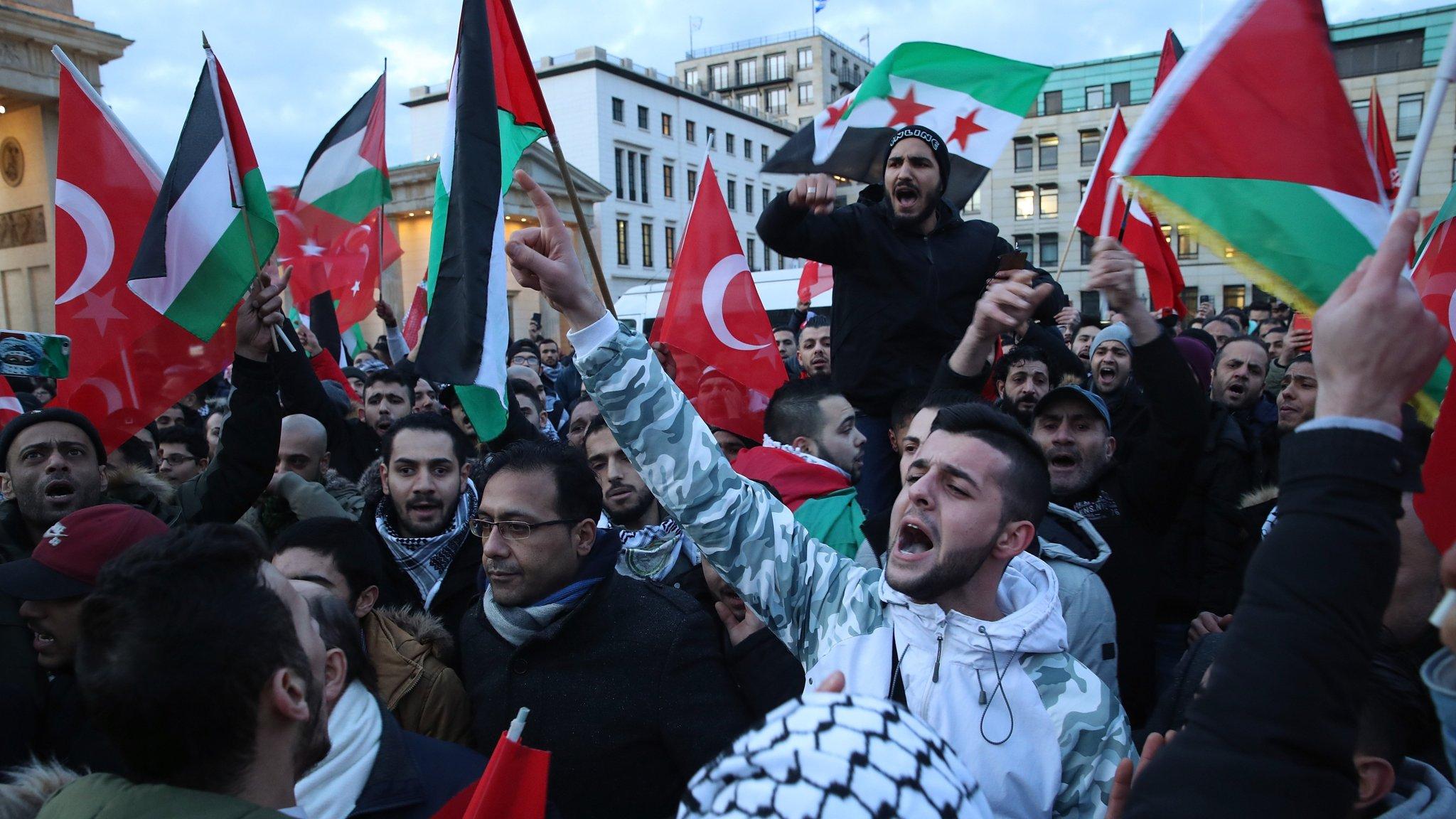 German protests prompt fears of rising anti-Semitism