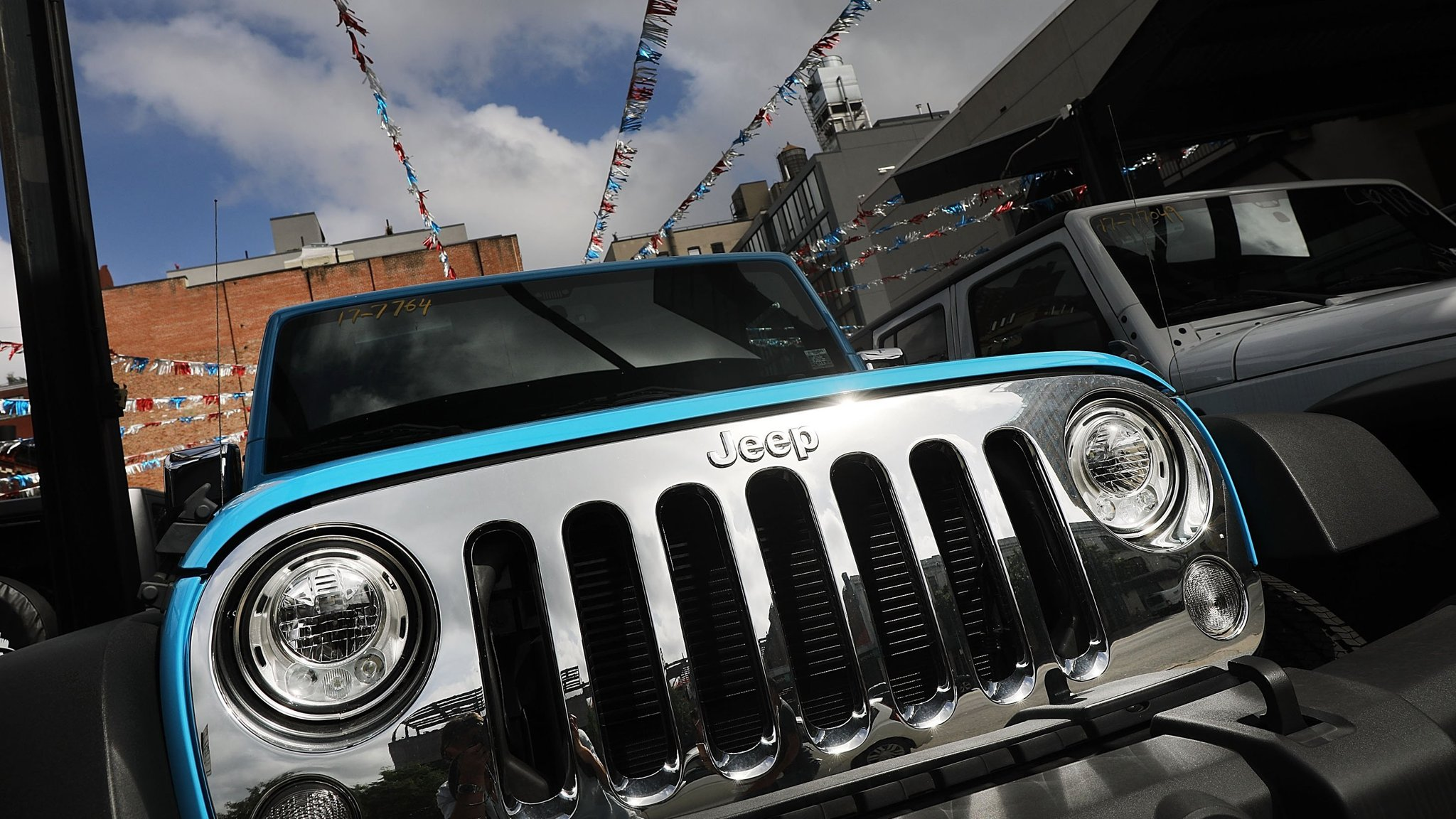 fiat chrysler agrees to pay $800m to settle emissions cheating case