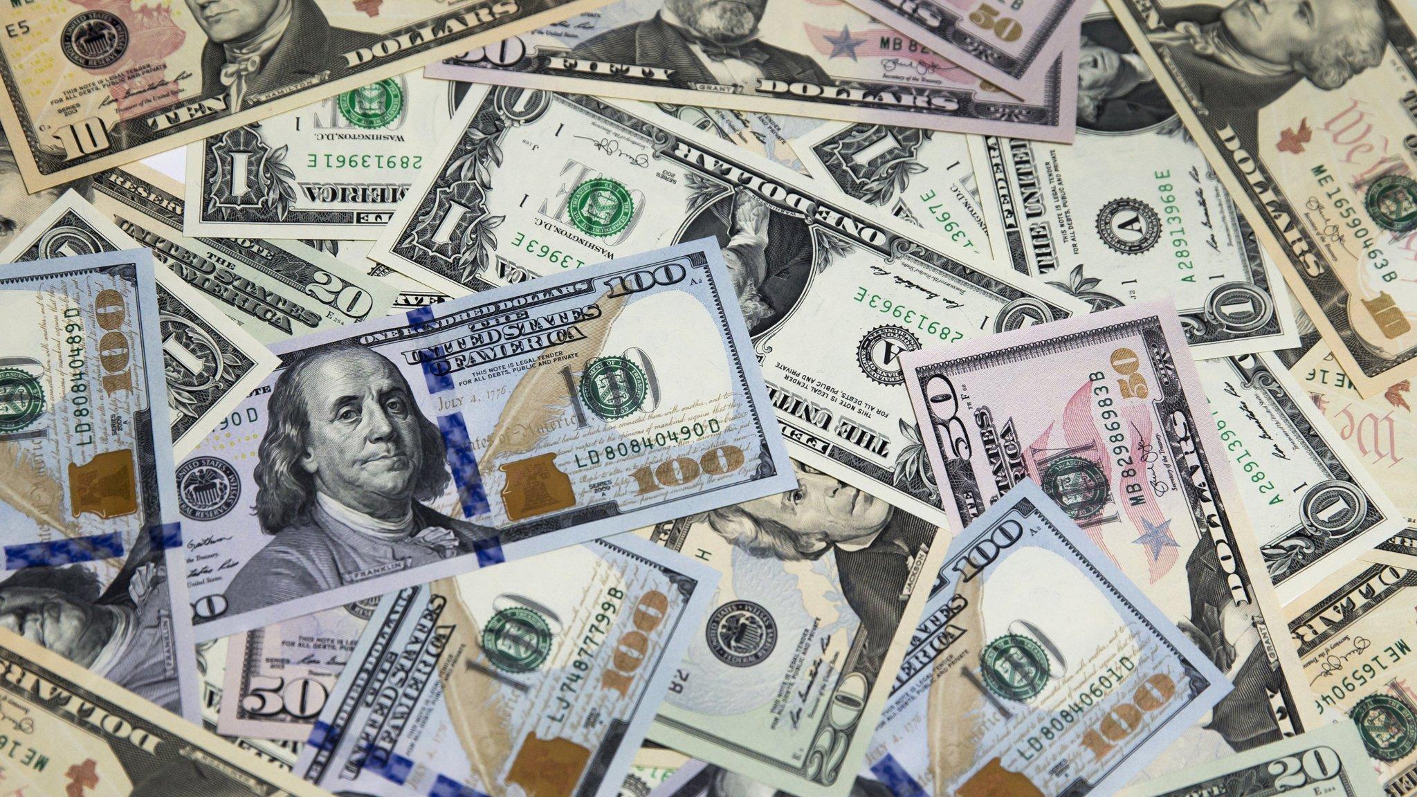 US junk bond inflows signal investor optimism