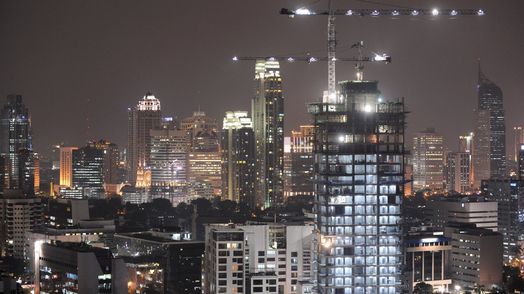 Indonesia is ready to spend $33bn to move capital from Jakarta