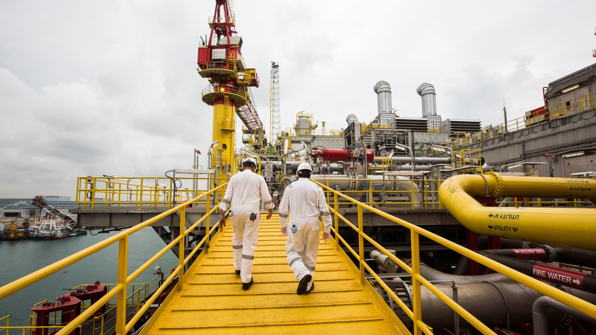 Asia rig builders reel from oil price rout | Financial Times
