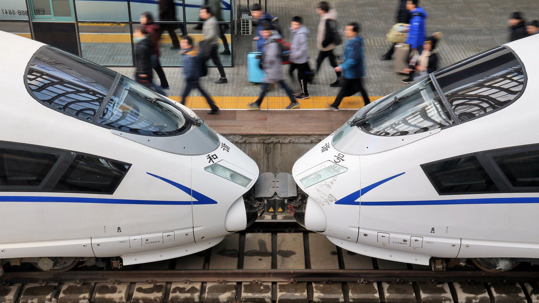 China steps up fiscal spending as it approves $125bn of rail projects