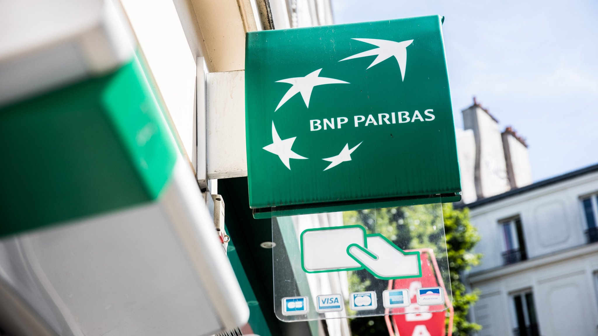 BNP Paribas seizes Brexit opportunity to boost UK operation