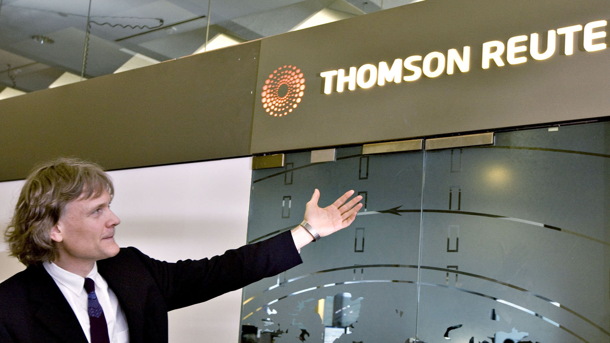 Thomson Reuters plans to sell down LSE stake | Financial Times