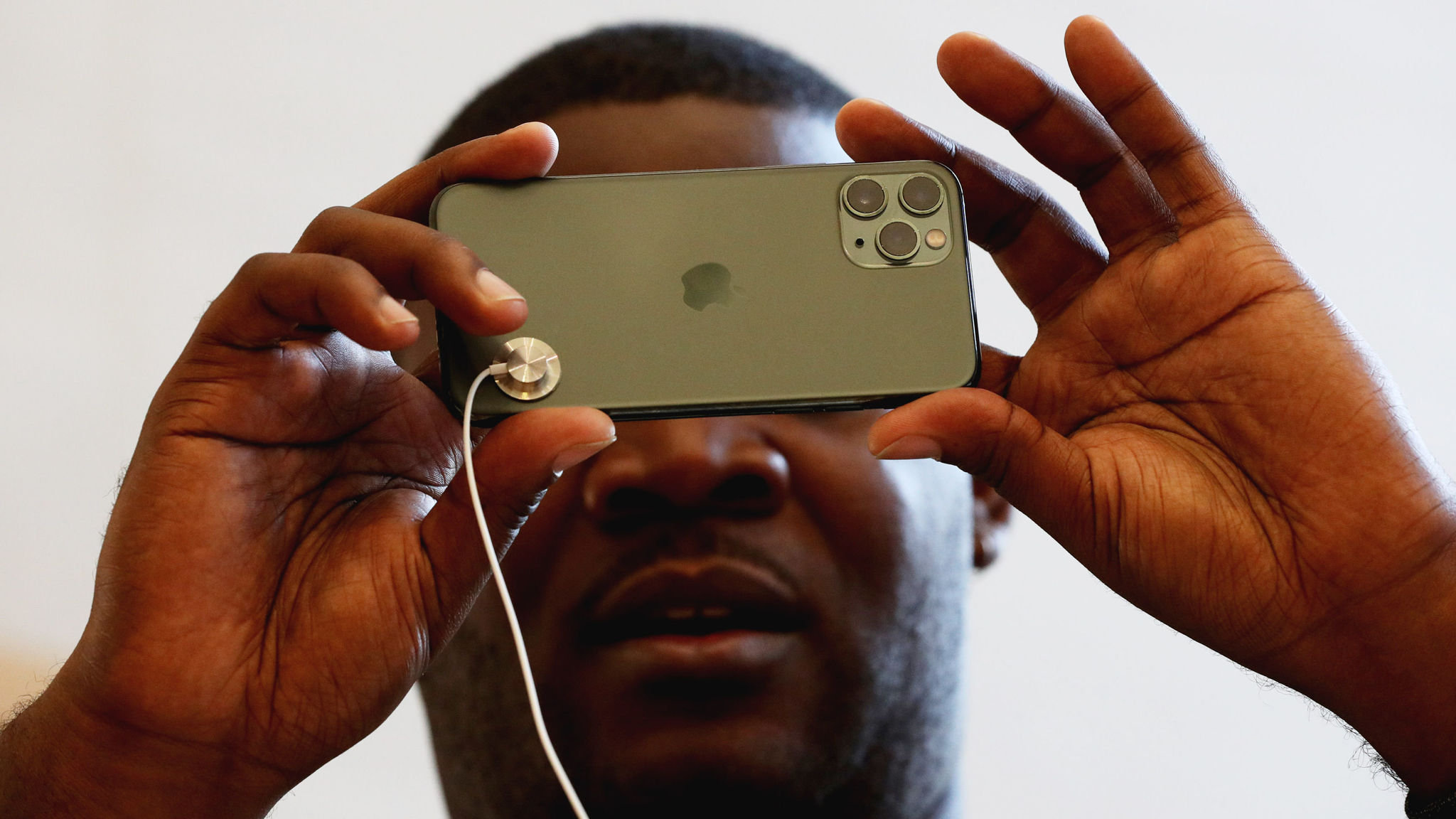 Apple Buys Uk Photography Start Up Spectral Edge Financial Times