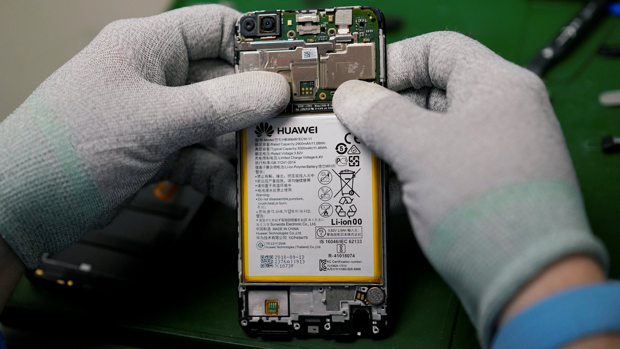 US tele s and tech firms fear fallout from Huawei ban