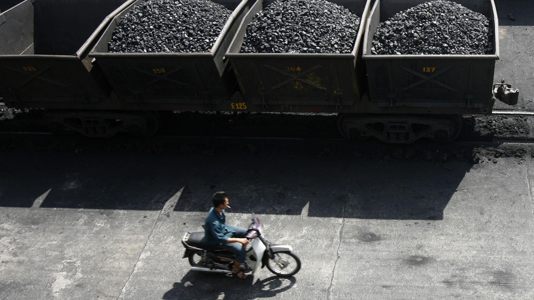Vietnam power crunch threatens future economy