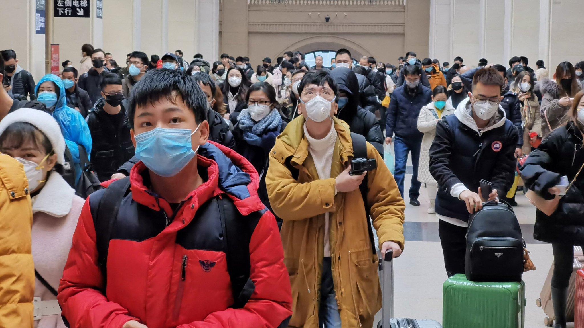Coronavirus: Wuhan to shut public transport over outbreak зурган илэрцүүд