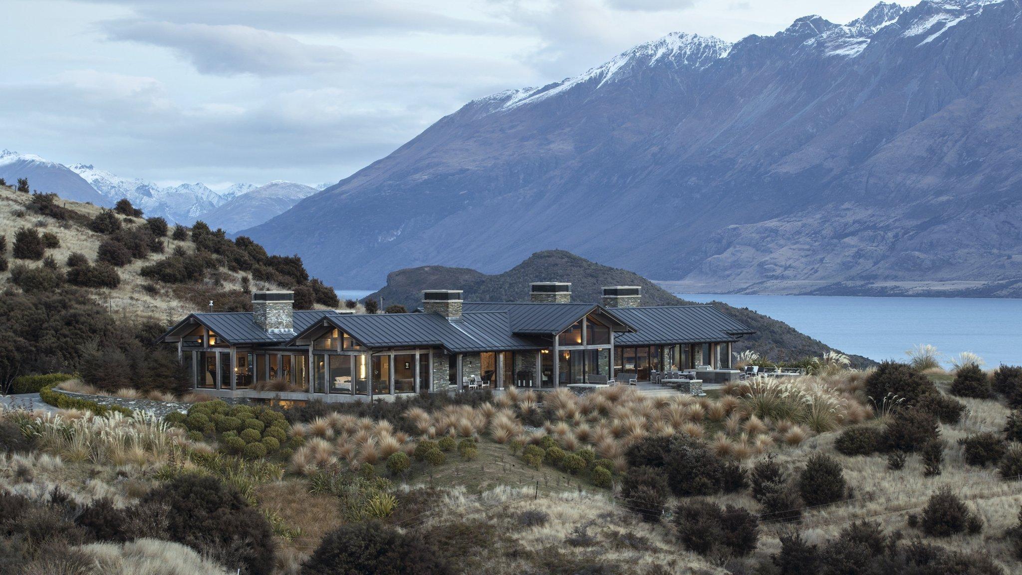 Billionaire bolt-holes' under threat in New Zealand