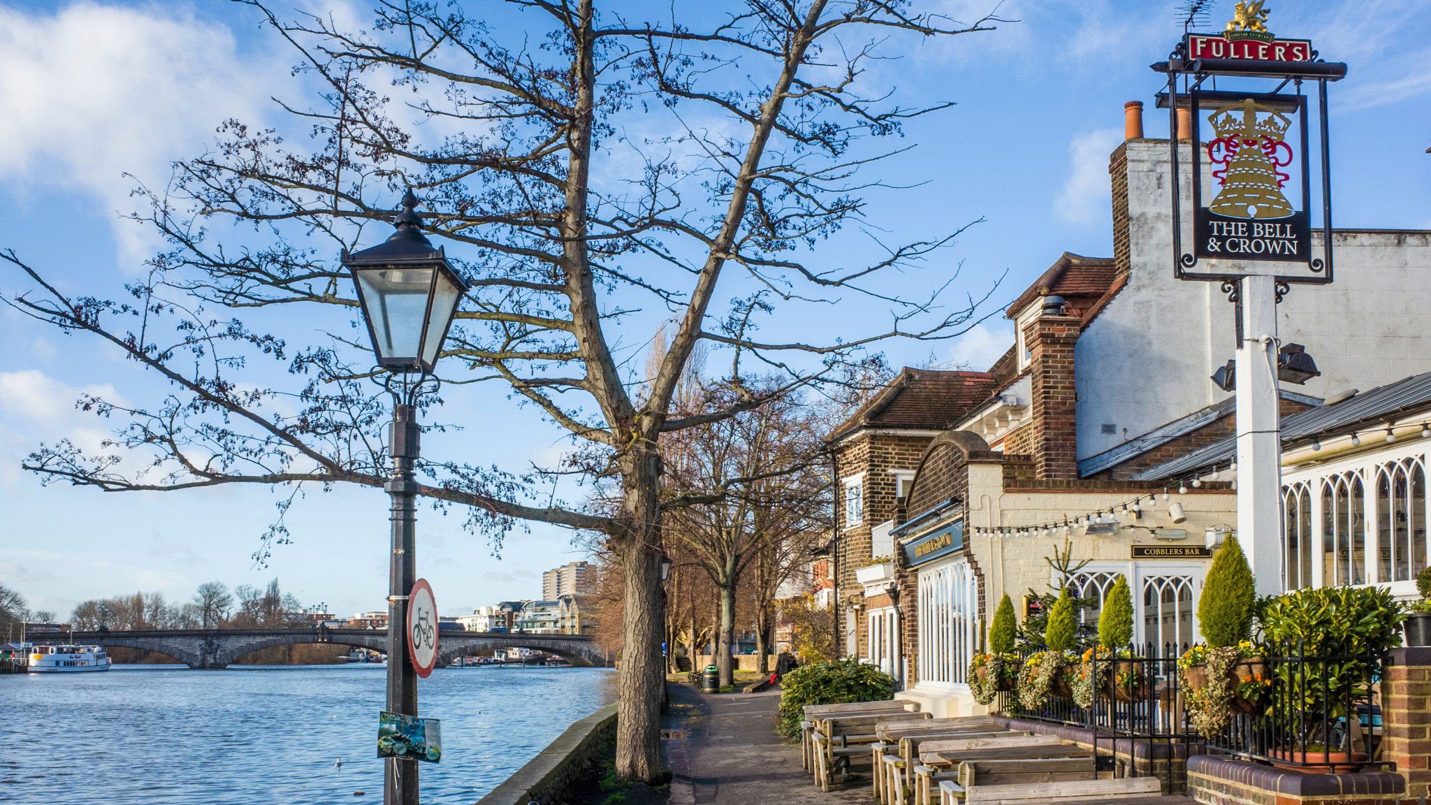 Chiswick property sellers demand top prices despite drop in sales