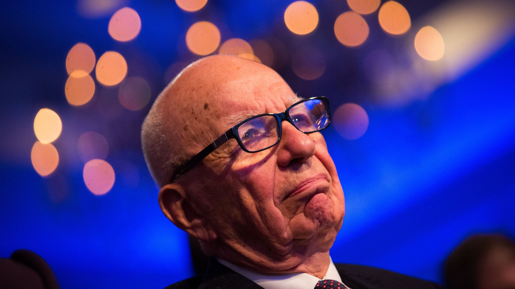 Murdoch looks to add 10 Sinclair stations to Fox