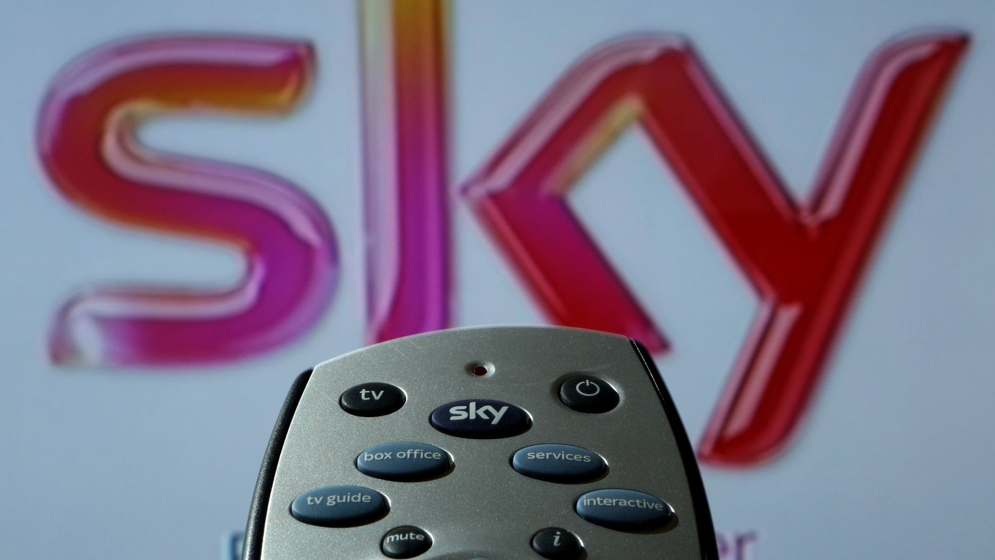 Sky Might Not Be The Limit In Unfolding Comcast Fox Bid Drama