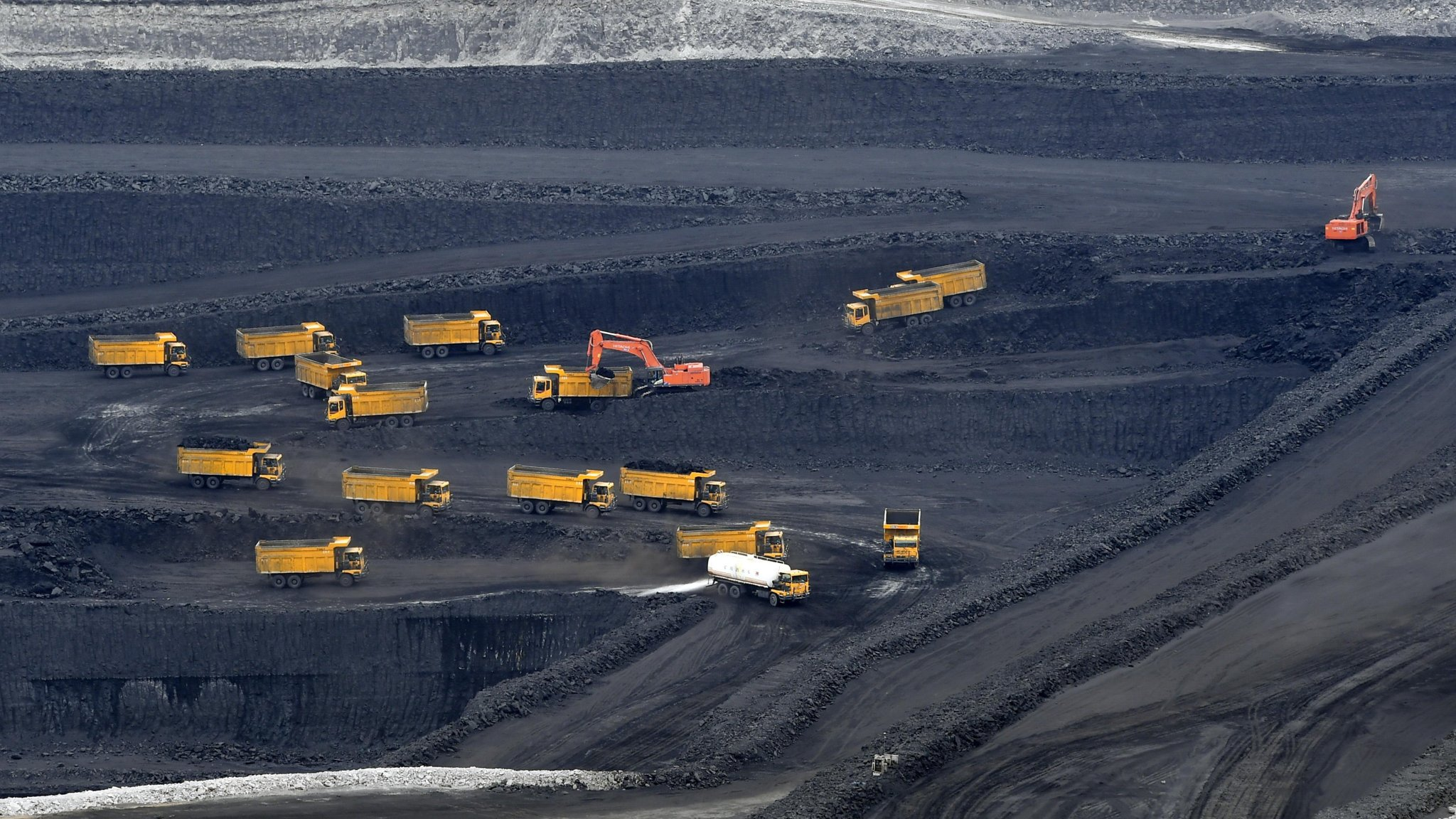 China ramps up coal power in face of emissions efforts