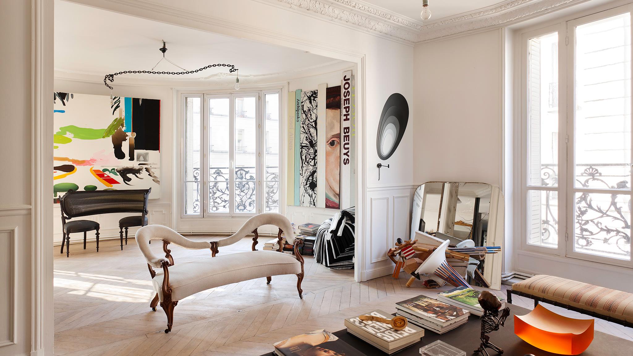 Separation Salon Chambre Studio french style forward   financial times